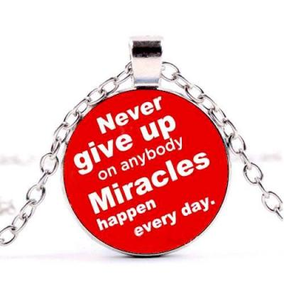 Přívěsek Glass - MIRACLES - NEVER GIVE UP - 1316
